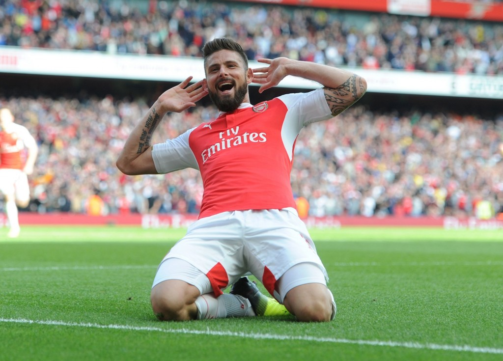 LONDON, ENGLAND - MAY 15:  Oivier Giroud celebrates scoring the 2nd Arsenal goal Arsenal during the Barclays Premier League match between Arsenal and Aston Villa at Emirates Stadium on May 15, 2016 in London, England.  (Photo by Stuart MacFarlane/Arsenal FC via Getty Images)