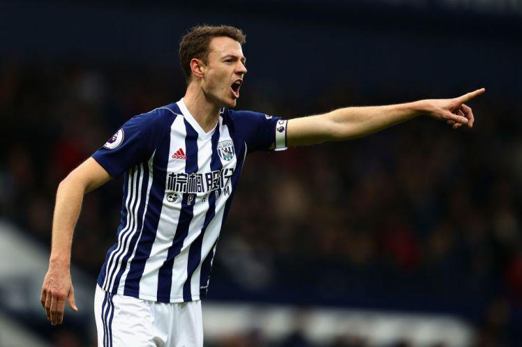 Jonny Evans pri Magpiesih doživljan ovo nogometno pomlad in je spet na radarju največji angleških ekip. Vir: Telegraph