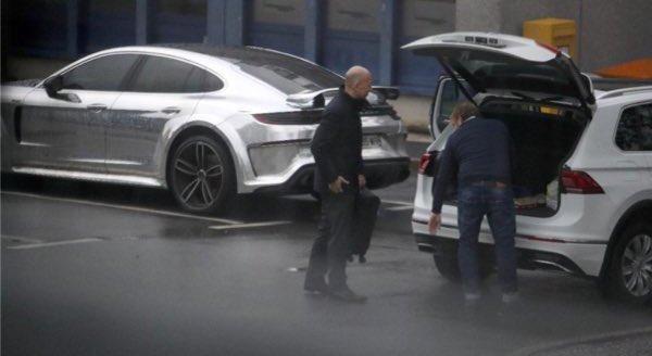Se bosta odgovorna pri Arsenalu v London vrnila z novim napadalcem? Vir: BILD