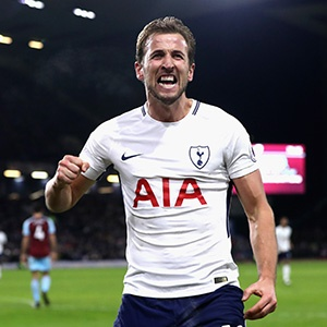 BURNLEY, ENGLAND - DECEMBER 23:  Harry Kane of Tottenham Hotspur celebrates after scoring his and his sides third goal during the Premier League match between Burnley and Tottenham Hotspur at Turf Moor on December 23, 2017 in Burnley, England.  (Photo by Ian MacNicol/Getty Images)