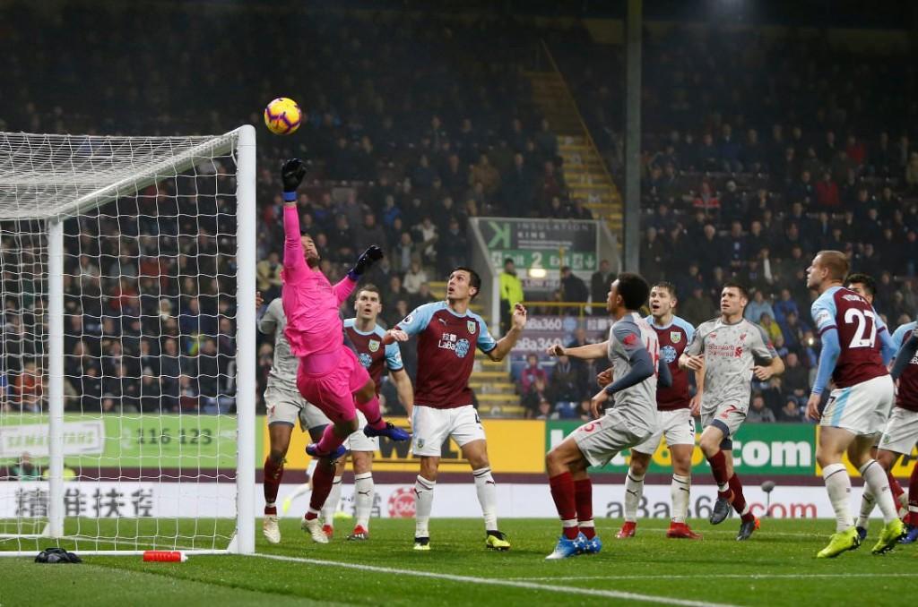 Liverpool pridno zbira točke, Alisson pridno zbira Fantasy točke. virFoto: Reddit